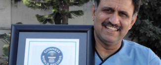 Pakistani Surgeon enters Guinness World Record